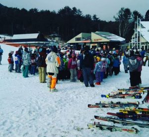 地元の小学校のスキー教室がはじまるよ