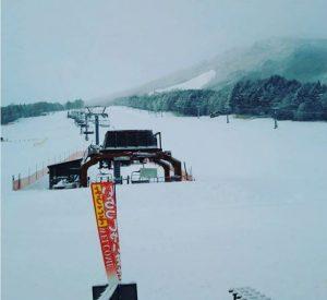飛騨高山アルコピアスキー場より、貸切状態!